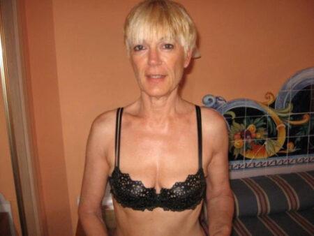 Flavia, 47 cherche une compagnie agréable