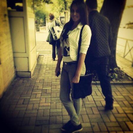 Talya, 23 cherche un plan clul sans engagement